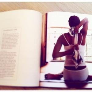 """Ur boken """" Yoga för kvinnor"""""""
